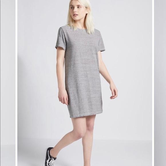 Current/Elliott Dresses & Skirts - New Current Elliot striped dress